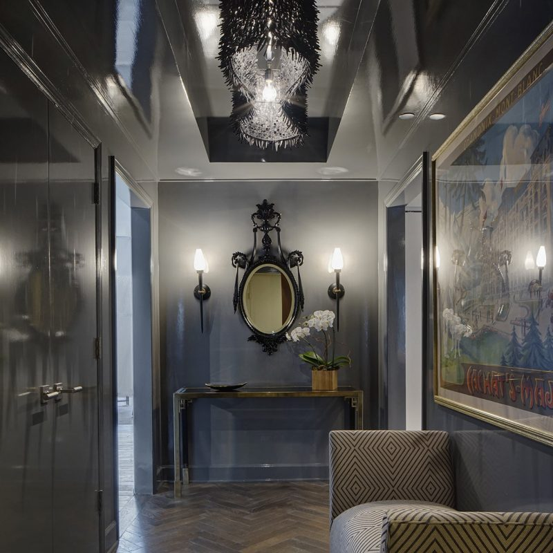 Glam Foyer